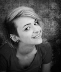 Индивидуалка Эмилия из Кандров